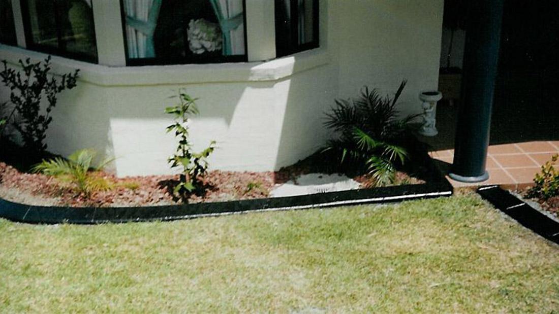 Randleiste-maehkante-Pro-Intex-Gartengestaltung-Farben-4