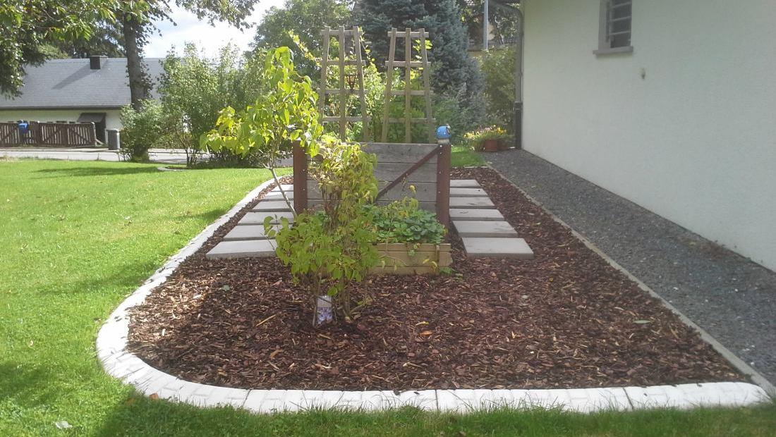 Randleiste-maehkante-Pro-Intex-Gartengestaltung-Beete-Einfassung-003