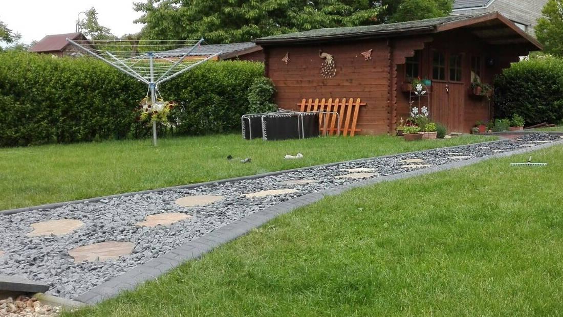 Randleiste-maehkante-Pro-Intex-Gartengestaltung-Wege-Einfassung-001