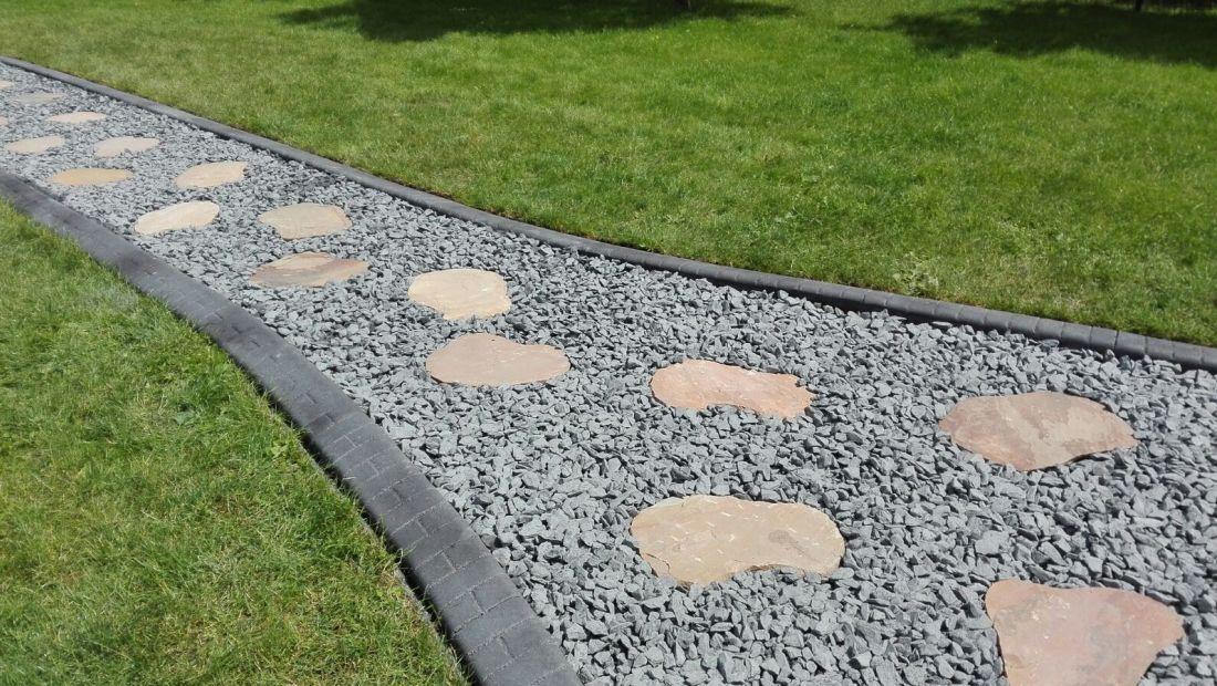 Randleiste-maehkante-Pro-Intex-Gartengestaltung-Wege-Einfassung-002